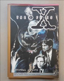 The X-Files. Internal Affairs. Engelstalige Graphic Novel sc met stoffen omslag. 1e druk/First edition